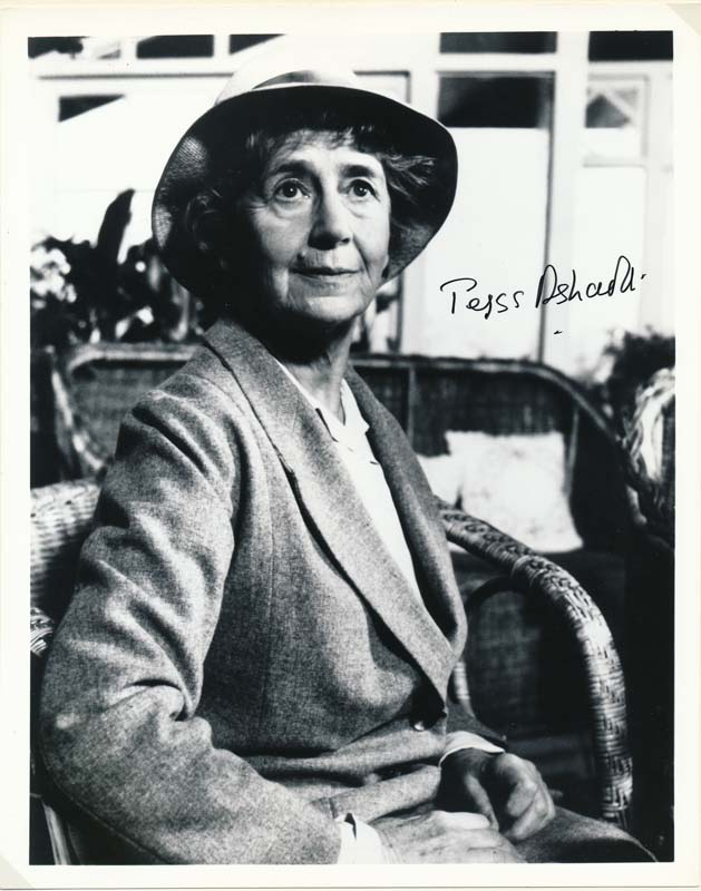 Photograph Signed. Peggy ASHCROFT.