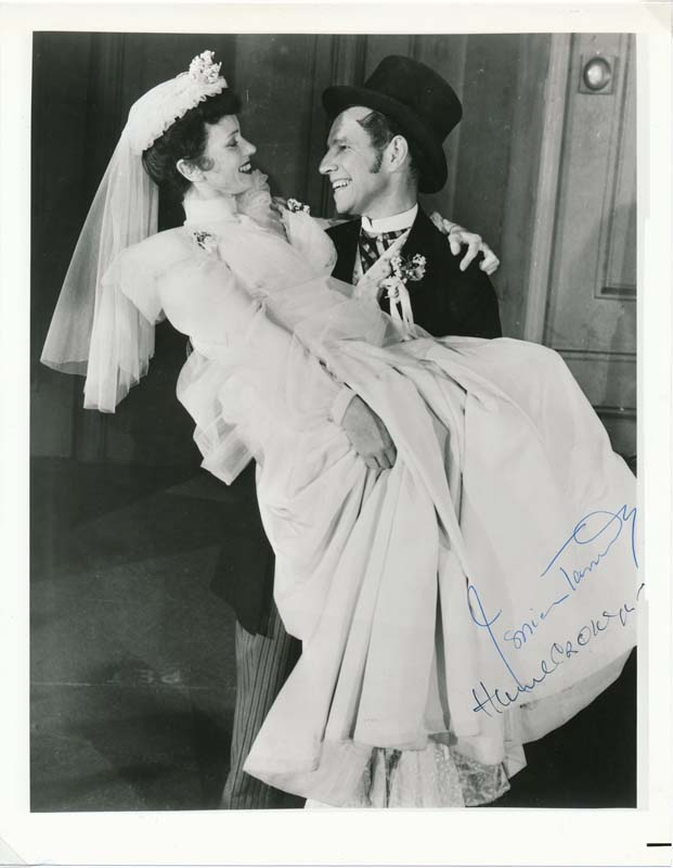 Photograph Signed. Jessica TANDY.
