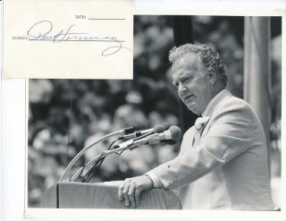 Signature / Unsigned Photograph. Paul HORNUNG, born 1935